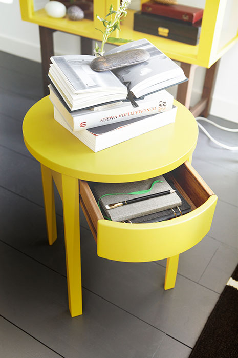 IkeaSHYellowSideTable