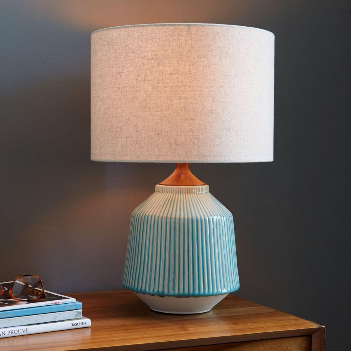 10 beautiful pottery lamps the beat that my heart skipped for Images of table lamps