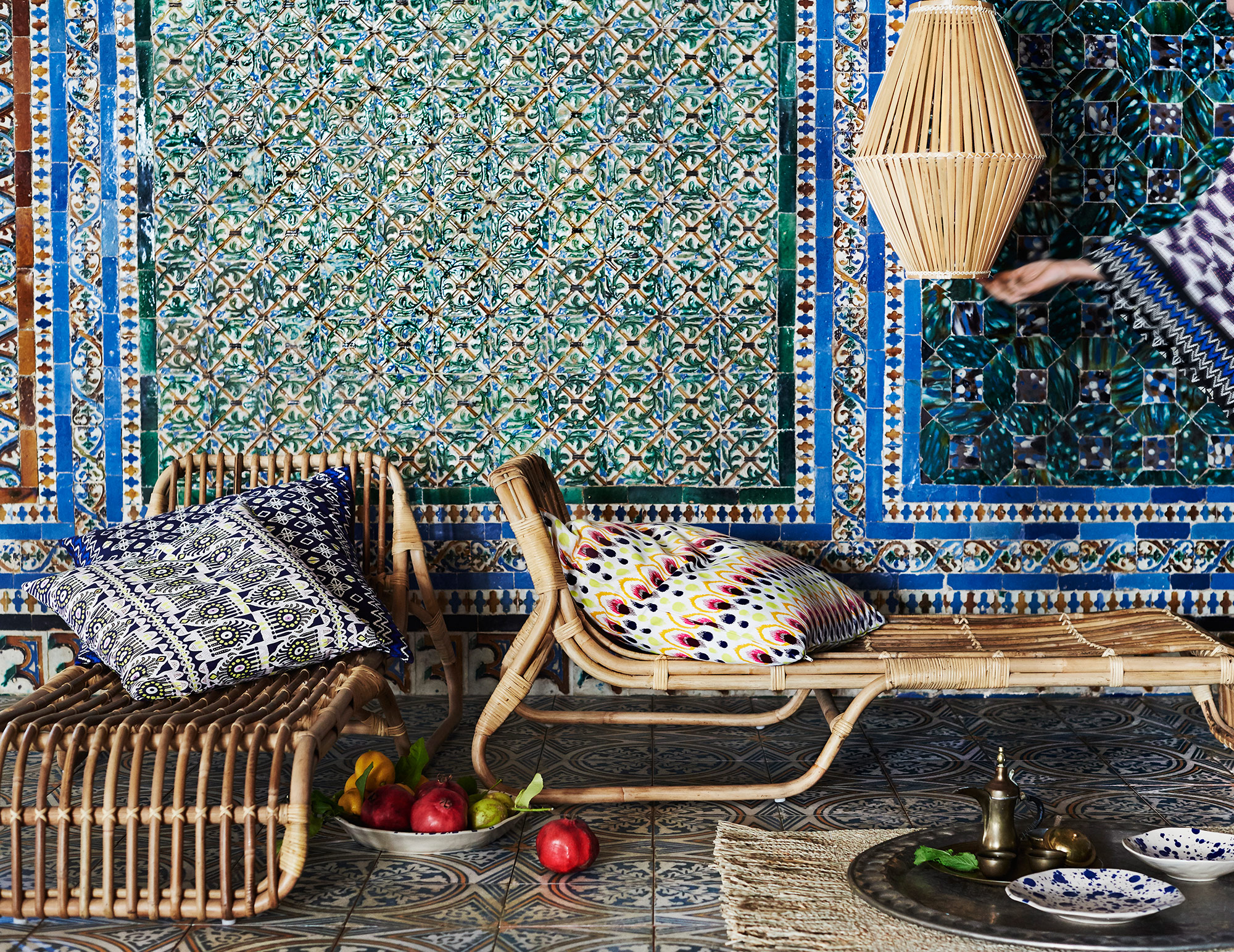 rattan roundup 21 cane cuties the beat that my heart skipped. Black Bedroom Furniture Sets. Home Design Ideas